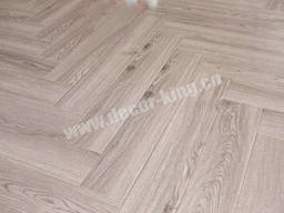 Laminate Flooring - photo 3